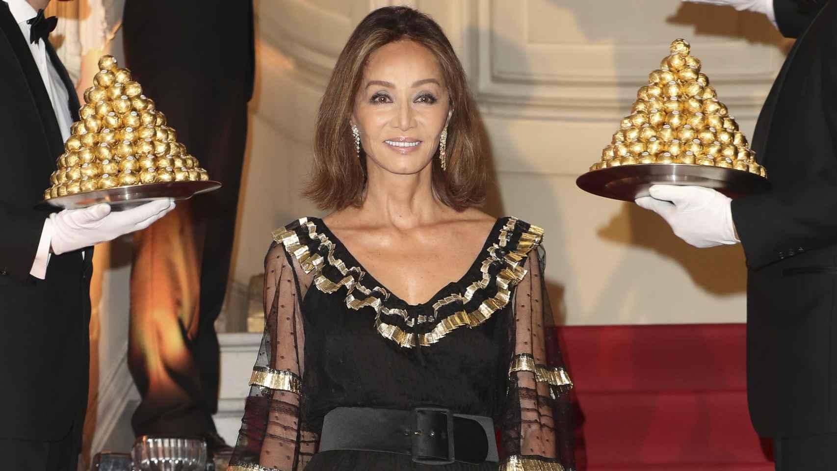 Isabel Preysler ha acudido a la fiesta del 30 aniversario de Ferrero Rocher.