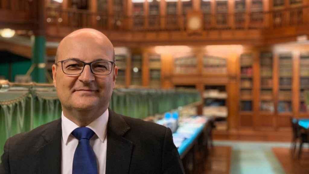 Óscar de Alfonso, abogado valenciano, es el Gran Maestro de los masones en España.