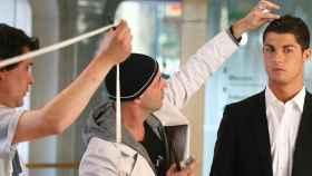 Ricardo Marqués con Cristiano Ronaldo, en una imagen de Facebook del estilista.