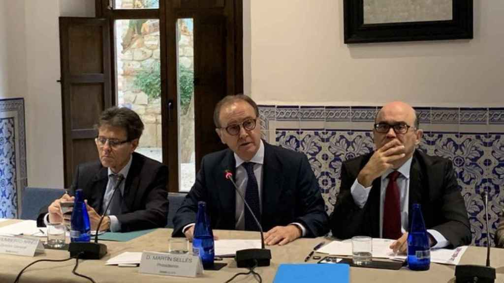 Humberto Arnés y Martín Sellés, director general y presidente de Farmaindustria.