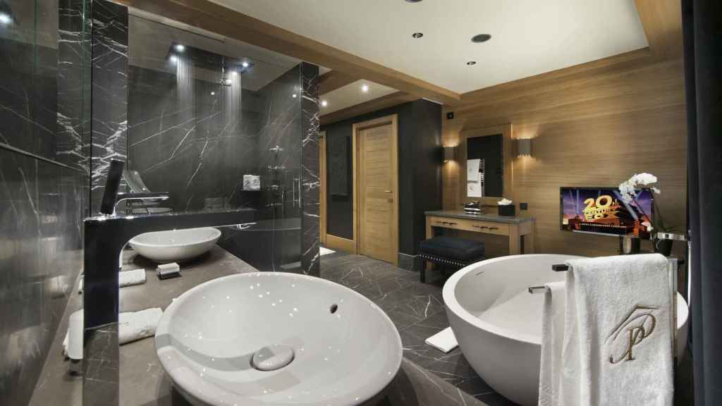 Baño de lujo en Petit Palais.