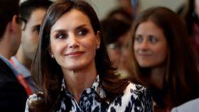 Letizia agota todas las existencias de su conjunto de Victoria Beckham en menos de 24 horas