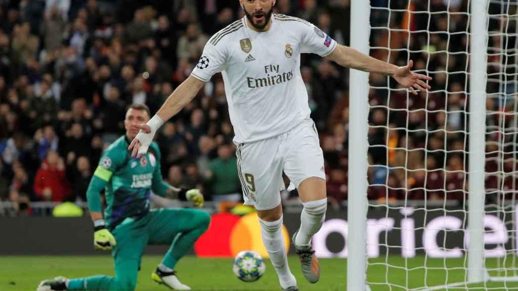 Karim Benzema celebra el cuarto gol del Real Madrid al Galatasaray