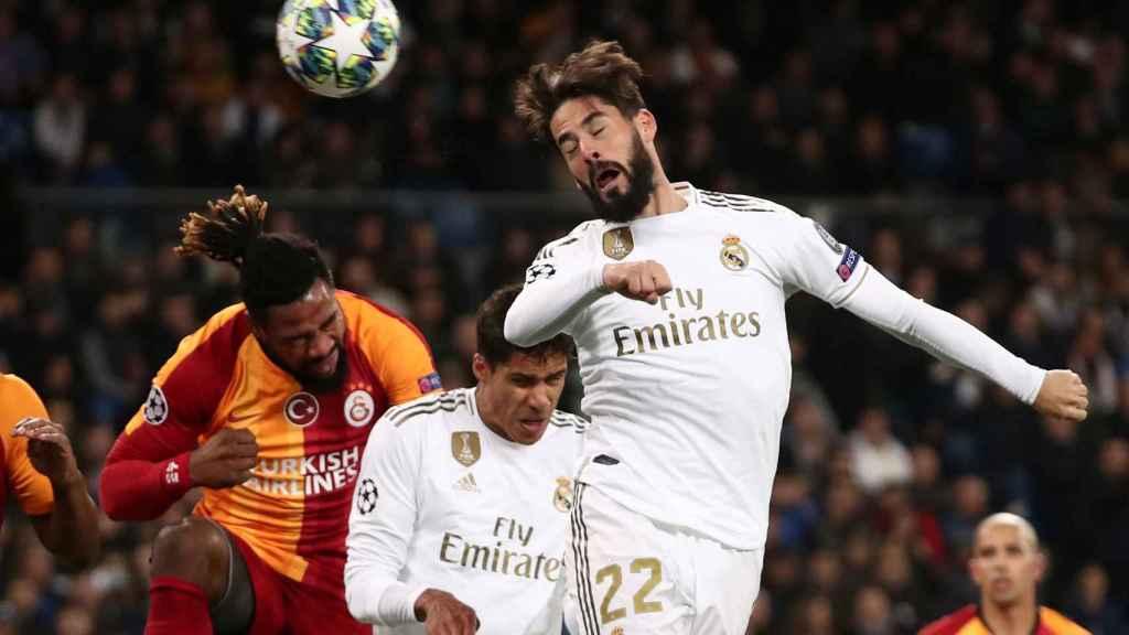 Isco supera a la defensa del Galatasaray pero no logra convertirlo en gol