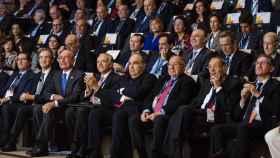 Isidro Fainé, presidente de la Fundación Bancaria La Caixa (en el centro) junto a Antonio Garamendi, presidente de CEOE; Francisco de la Torre, Alcalde de Málaga; José Luis Bonet, presidente de las Cámaras de Comercio; Javier Solana, presidente de EsadeGeo y  Jaume Giró, director general de la Fundación Bancaria La Caixa.