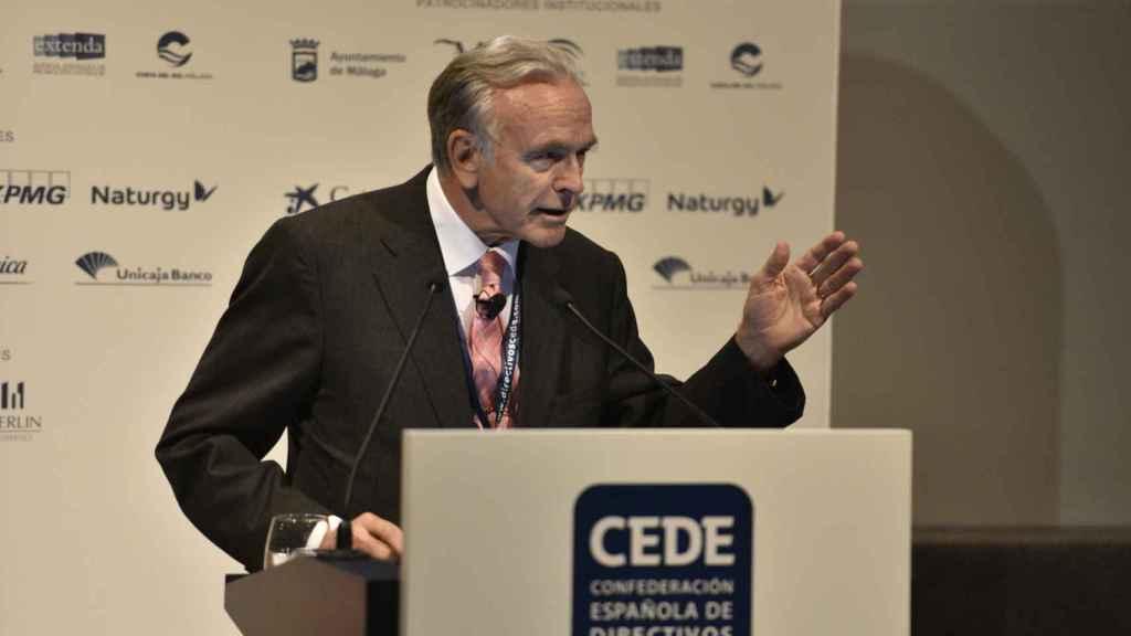 Isidro Fainé, presidente de la Fundación bancaria La Caixa, durante su discurso en el XVIII congreso de directivos de Cede.
