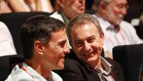 Sánchez y Zapatero, durante un congreso socialista.