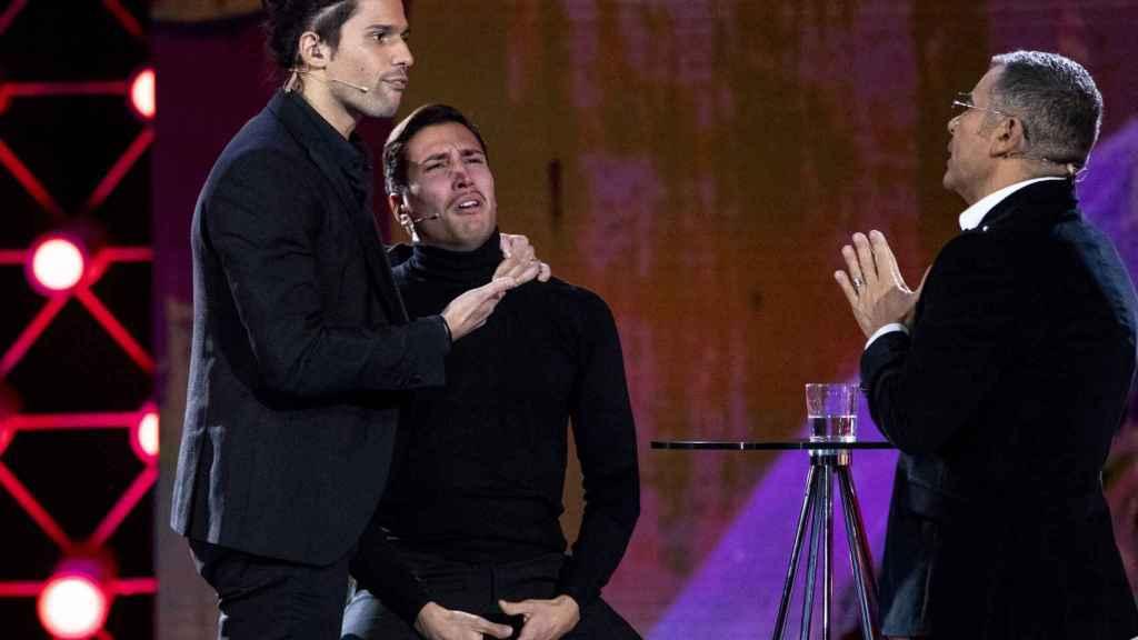 Jorge Javier Vázquez, Luca Onestini y Gianmarco Onestini en la última gala de 'GH VIP'.