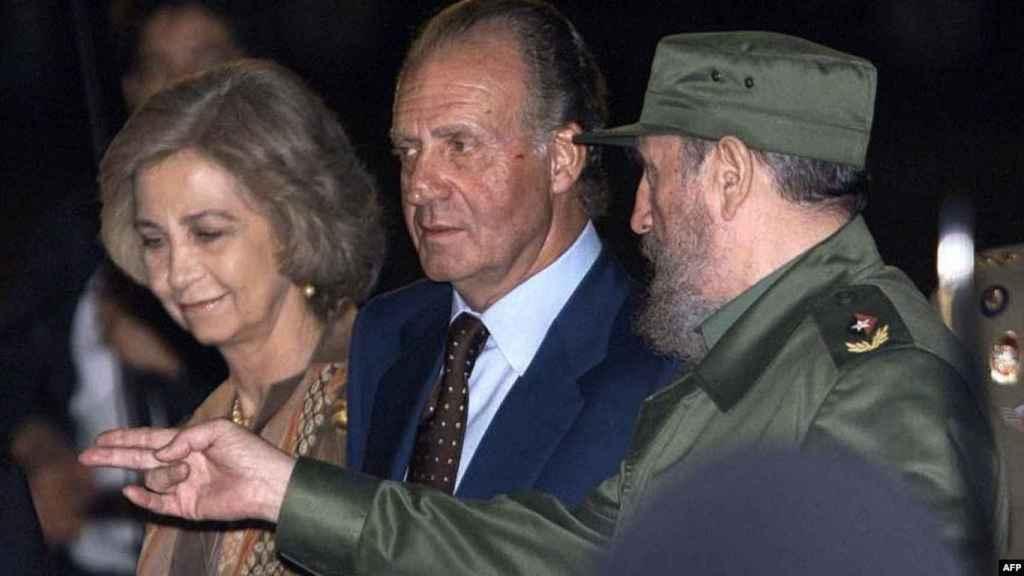 Los reyes eméritos de visita en Cuba en 1999.