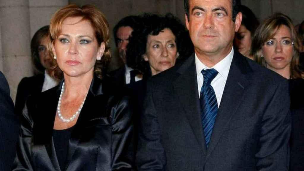 Ana Rodríguez y José Bono.