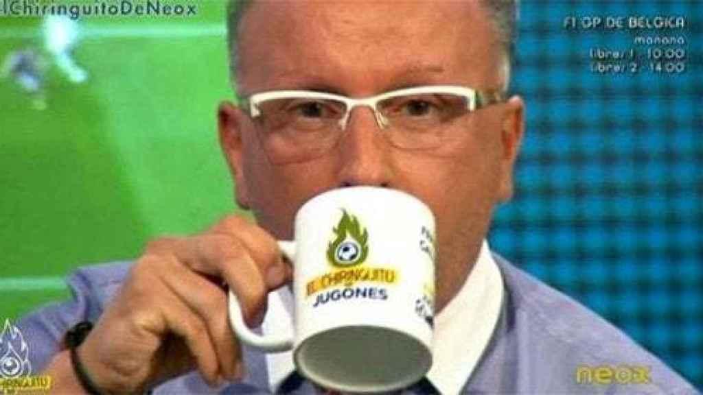 La taza era uno de los elementos más característicos de su atuendo