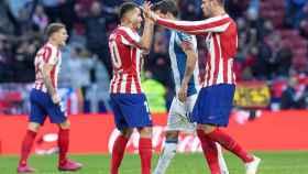 Los jugadores del Atlético de Madric celebran uno de los goles ante el Espanyol.