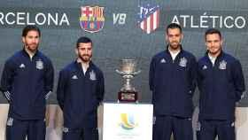 Sergio Ramos, José Luis Gayá, Sergio Busquets y Saul Ñíguez, tras el sorteo de los emparejamientos de la Supercopa de España