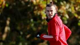 Bale se entrena con normalidad con Gales tras un mes sin hacerlo con el Real Madrid.