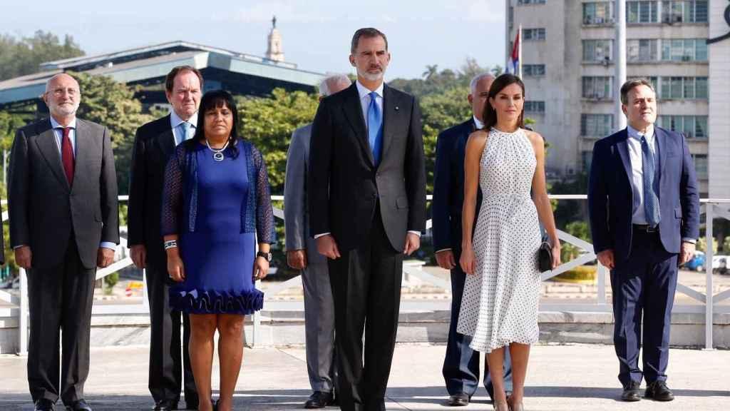 La reina Letizia y el rey Felipe han asistido este martes a su primer acto en La Habana.