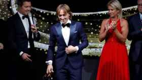 Luka Modric, recibiendo el Golden Foot