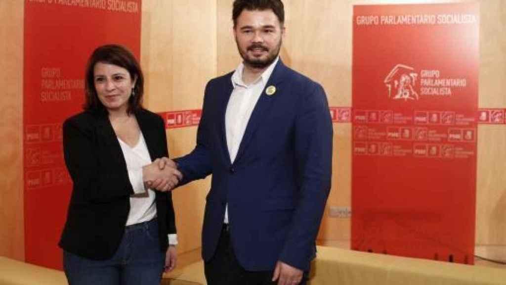 Adriana Lastra y ERC, Gabriel Rufián, reunidos en el Congreso.