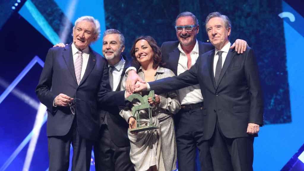 Luis del Olmo, Carlos Alsina, Pepa Bueno, Carlos Herrera e Iñaki Gabilondo, durante la entrega de los Premios Ondas 2019 realizada esta semana.