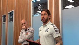 Sergio Ramos y su brazalete especial