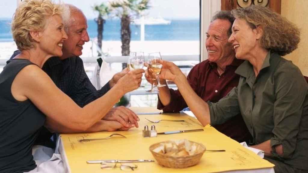 Una dieta equilibrada frena los perjuicios del envejecimiento.