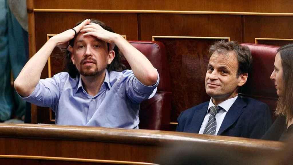 Pablo Iglesias, junto a Jaume Asens en el Congreso de los Diputados.