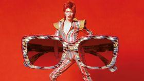Nueva línea de gafas inspirada en David Bowie.