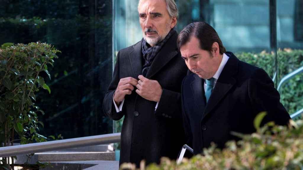 Juan Asúa (BBVA) sale de la Audiencia Nacional.