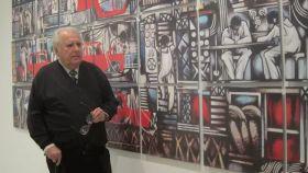 Eugenio Chicano, en una exposición.