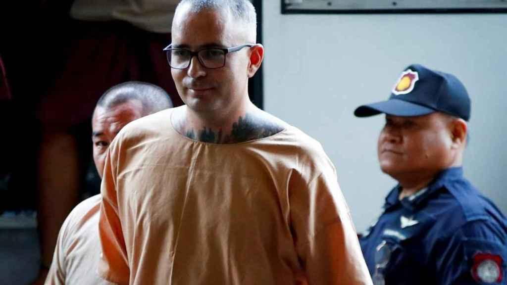 Artur Segarrallega al Tribunal Supremo de Tailandia.