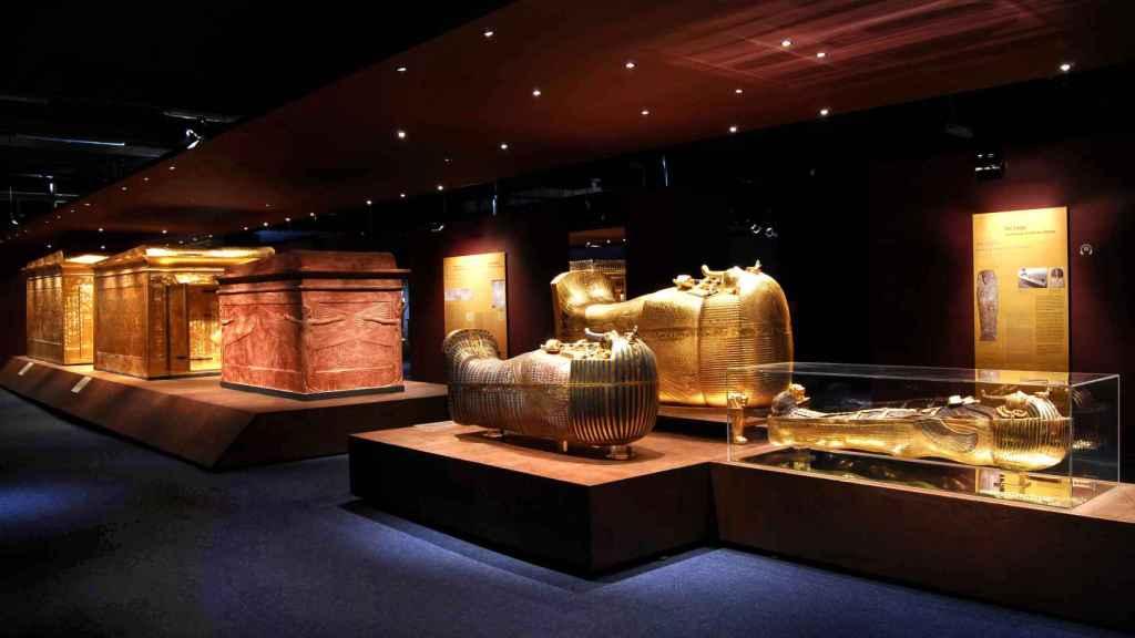 Vista de una de las salas de la exposición sobre el faraón niño.