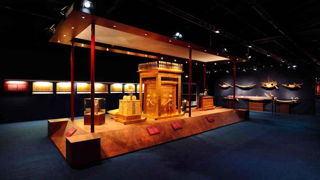 Otra de las salas de la exposición, donde se exhibe el cofre canópico.