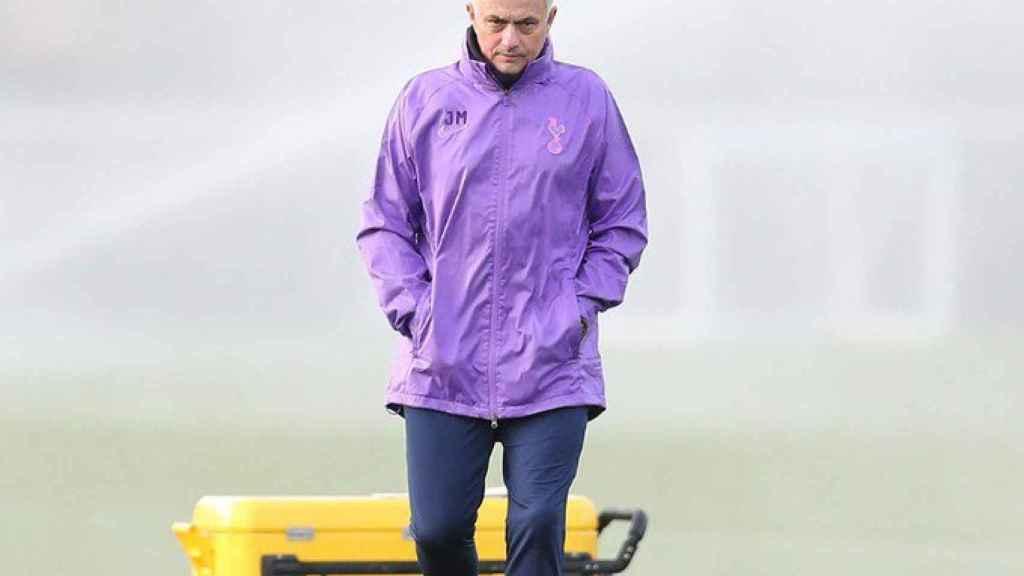 José Mourinho, en un entrenamiento del Tottenham