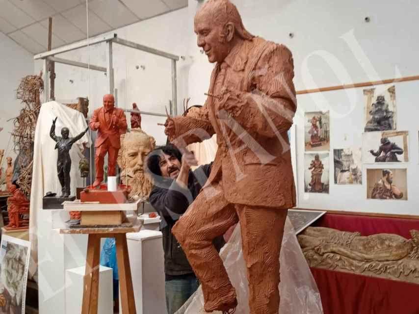 La estatua en bronce que se está realizando y que Tony Antonio ha facilitado en exclusiva.