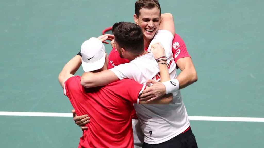 Canadá celebra el pase a semifinales de la Copa Davis ante Australia