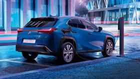 El primer coche eléctrico de Lexus es oficial: un SUV con 400 km de autonomía