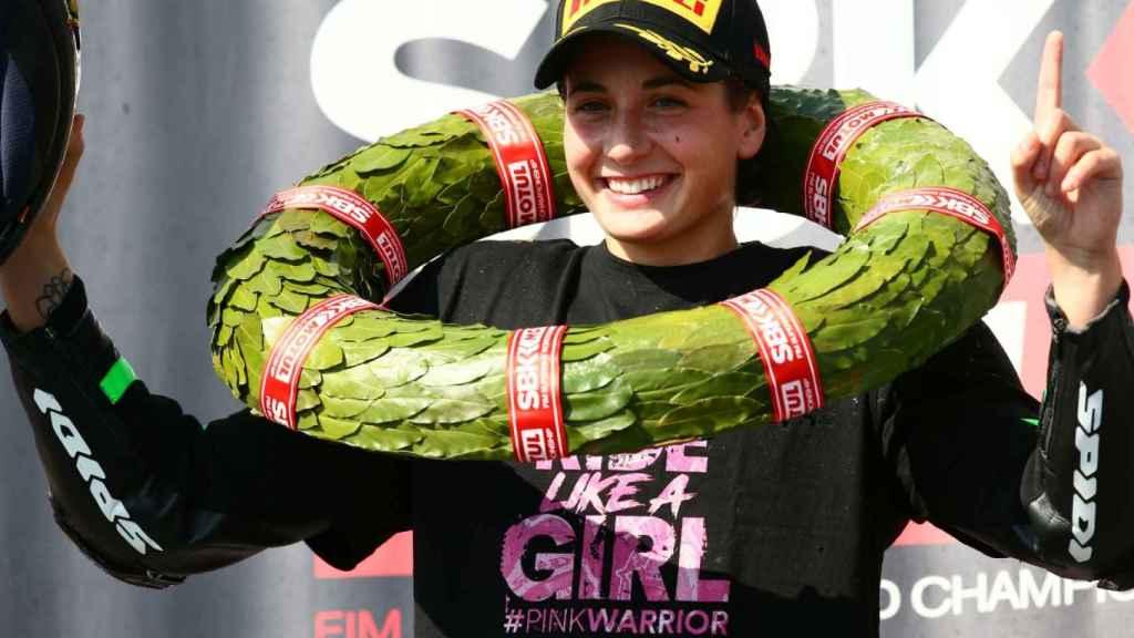 Ana Carrasco, cuando se proclamó campeona del mundo de Supersport 300, en 2018.