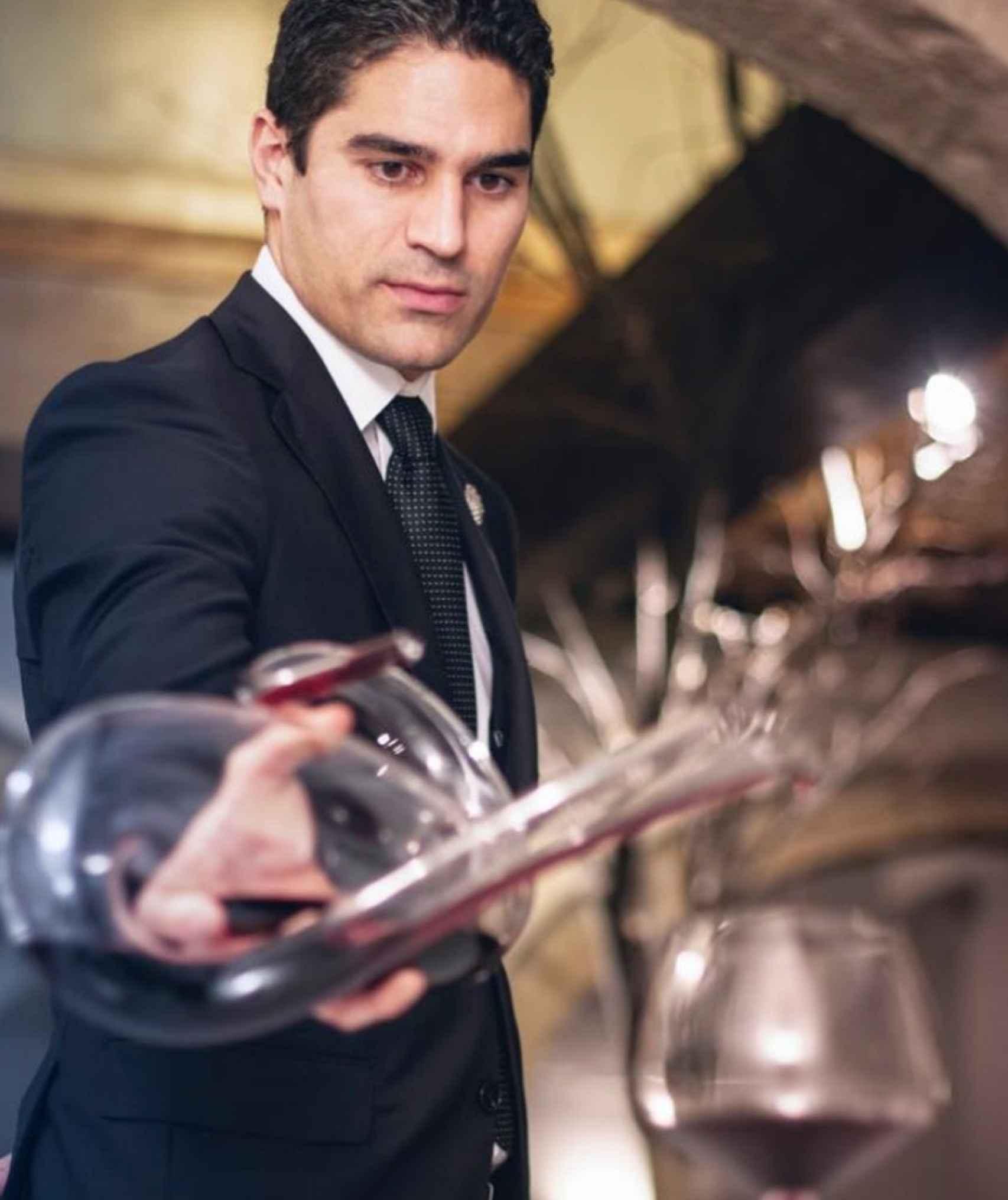 Andrés Rodríguez representa la excelencia en materia de vinos.