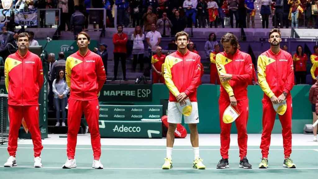 El capitán Bruguera junto a Nadal, Carreño, Feliciano y Granollers en la Copa Davis ganada en 2019