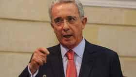 El expresidente colombiano Álvaro Uribe es ahora senador por el partido Centro Democrático.
