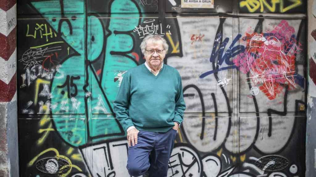 Ian Gibson en el madrileño barrio de Lavapiés.