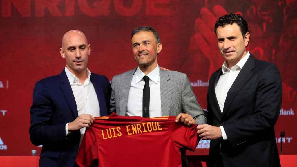 Luis Enrique, en la presentación con Luis Rubiales y José Francisco Molina
