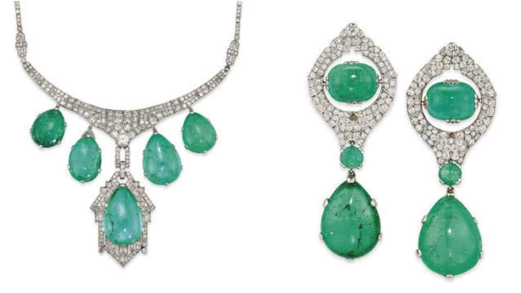 Detalle del collar de esmeraldas con gargantilla de platino y diamantes y pendientes a juego que se ha subastado este miércoles en Christie's.