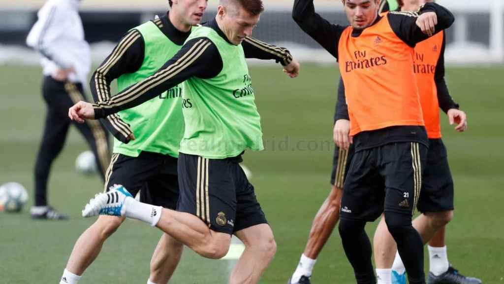 El Real Madrid se ejercita de cara al partido ante el Eibar