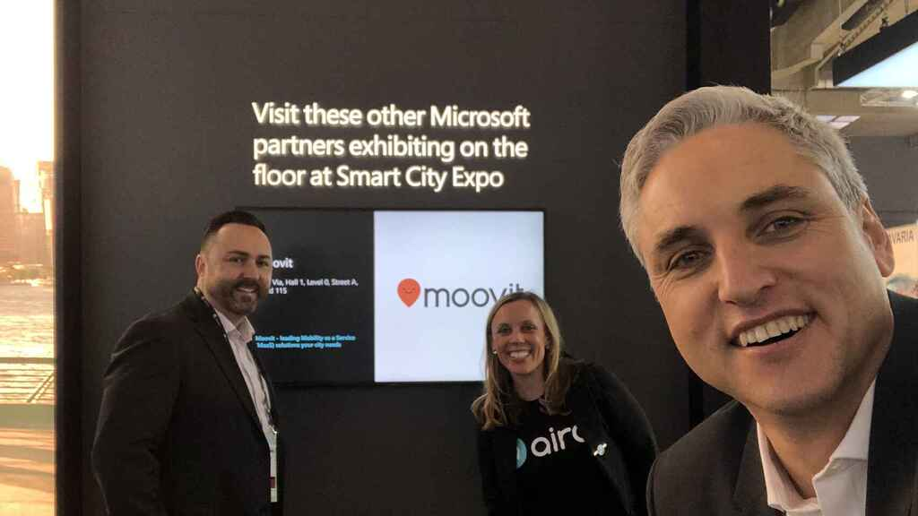 Representantes de Microsoft, Aira y Moovit.