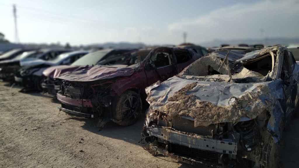 Estado en el que quedaron los 1.200 vehículos de la campa de Orihuela que quedó anegada por las lluvias torrenciales de la DANA en septiembre.