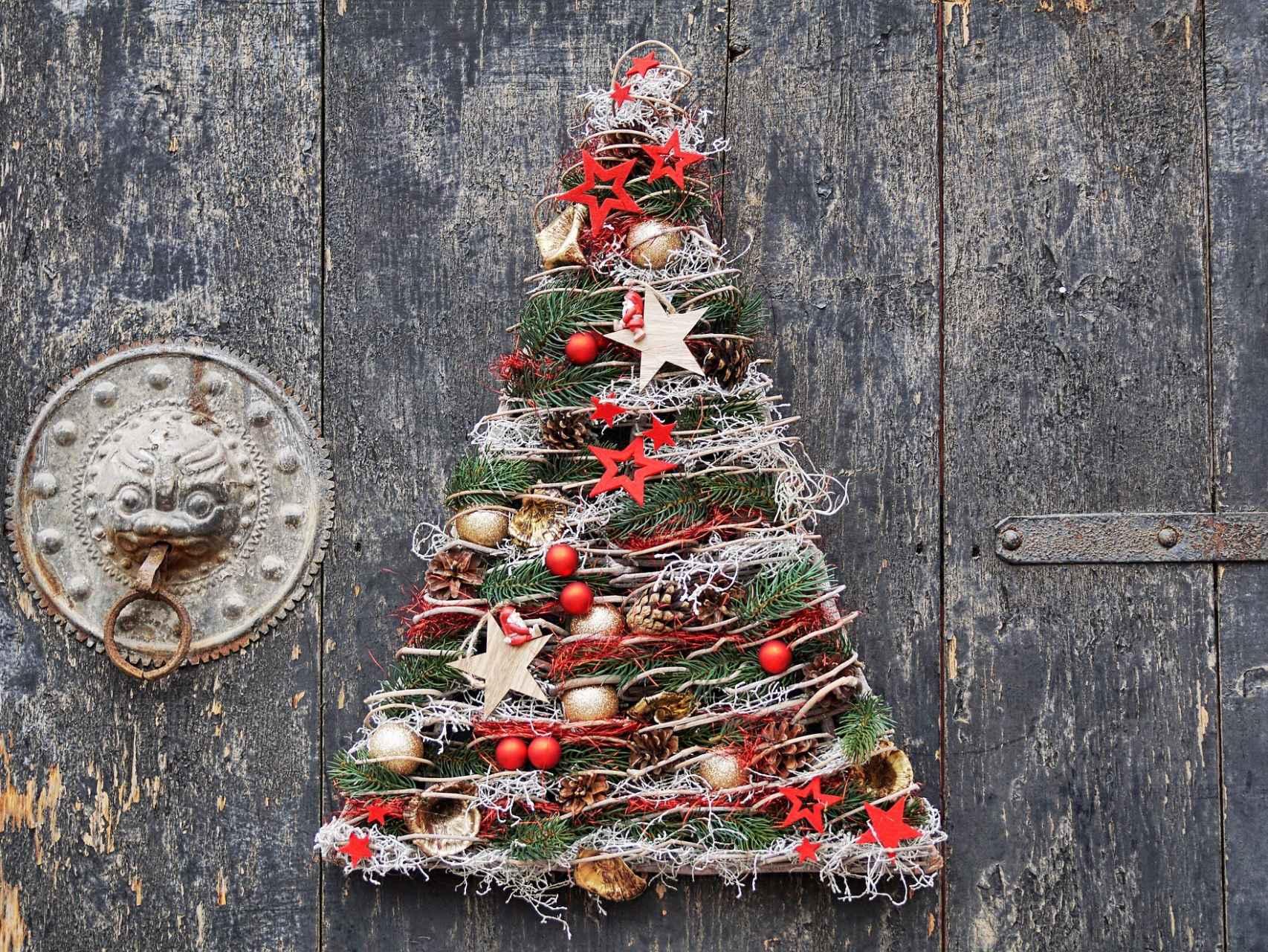 Cómo Hacer Un árbol De Navidad Reciclado Por Un Mundo Sostenible