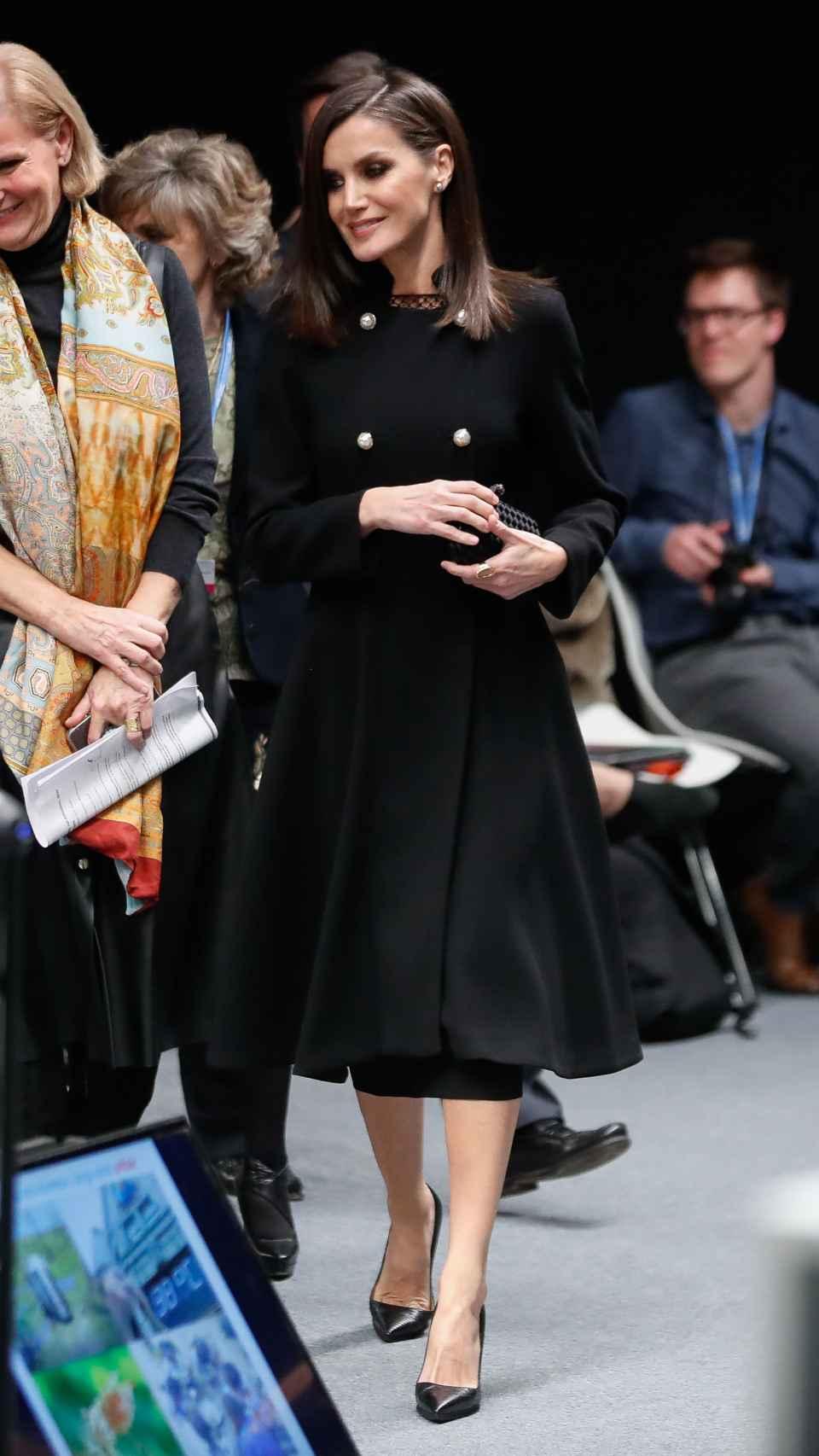 El abrigo que ha estrenado la Reina en la COP25.