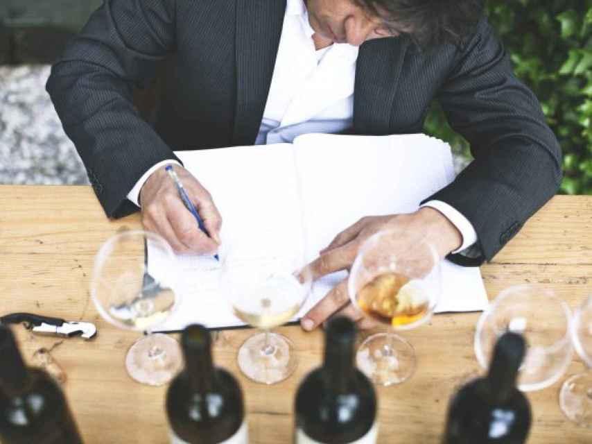 Kramar cata y selecciona personalmente los vinos de su carta.