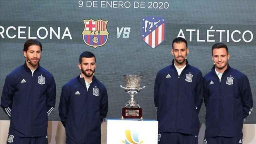 Sergio Ramos, Jose Luis Gayá, Sergi Busquets y Saúl Ñíguez, en el sorteo de la Supercopa de España 2019