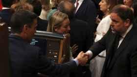 El presidente del Gobierno en funciones, Sánchez, y Oriol Junqueras en una imagen de archivo.